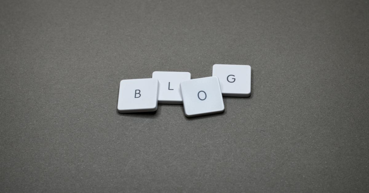 bloggg